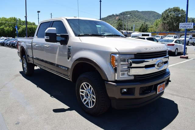 2017 F-250 Crew Cab 4x4, Pickup #HED68113 - photo 3