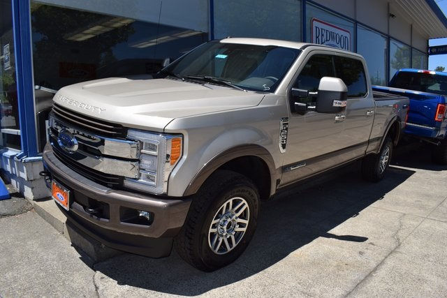 2017 F-250 Crew Cab 4x4, Pickup #HED68113 - photo 12