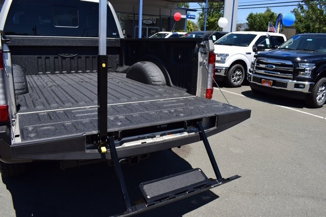 2017 F-250 Crew Cab 4x4, Pickup #HED68113 - photo 17