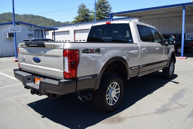 2017 F-250 Crew Cab 4x4, Pickup #HED68113 - photo 6