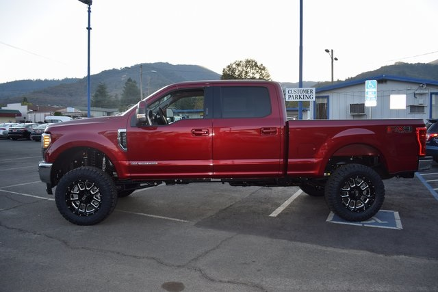 2017 F-250 Crew Cab 4x4 Pickup #HEE19229 - photo 3
