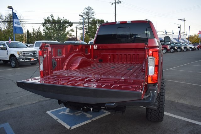 2017 F-250 Crew Cab 4x4 Pickup #HEE19229 - photo 5