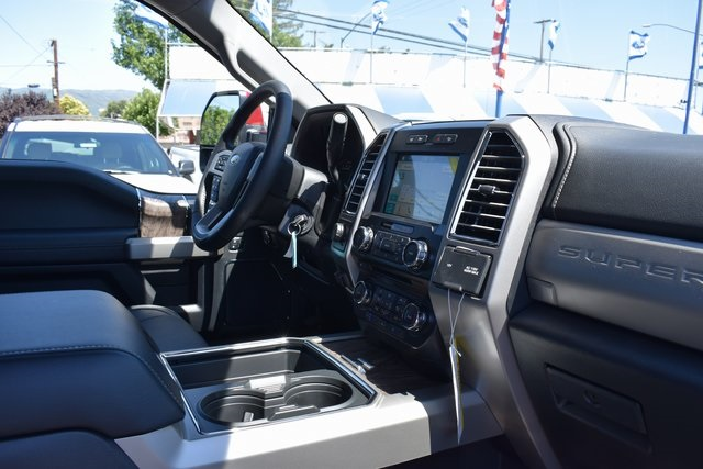 2017 F-250 Crew Cab 4x4 Pickup #HEE19229 - photo 32