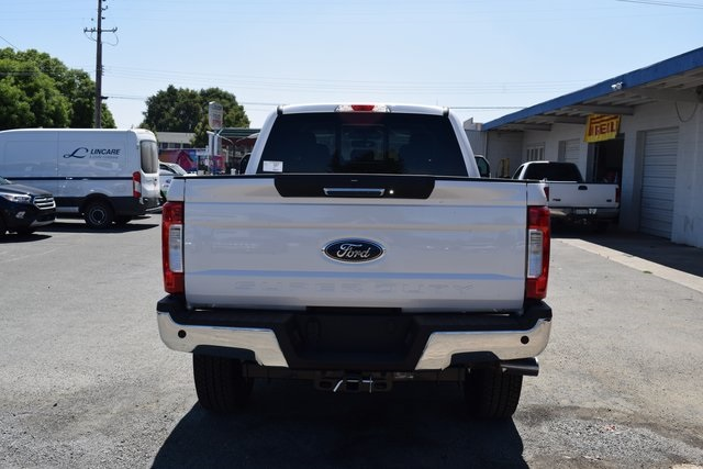 2017 F-250 Crew Cab 4x4 Pickup #HEE33310 - photo 5