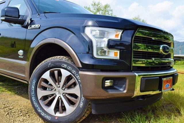 2017 F-150 Crew Cab 4x4 Pickup #HFA75013 - photo 4