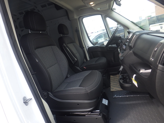 2017 ProMaster 3500 High Roof, Cargo Van #D17D186 - photo 35