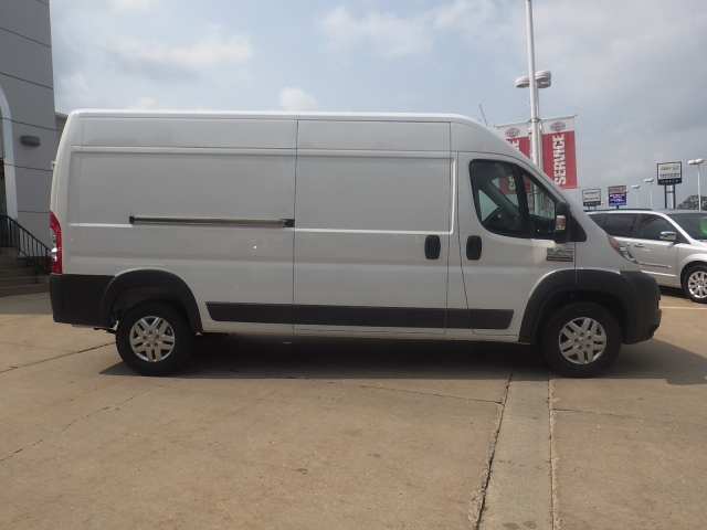 2017 ProMaster 2500 High Roof, Cargo Van #D17D219 - photo 3