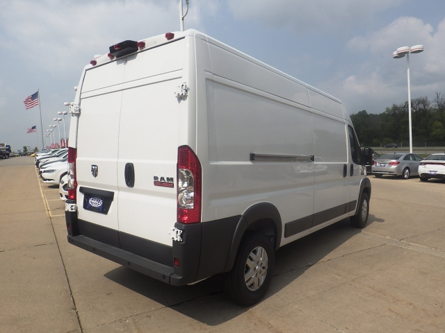 2017 ProMaster 2500 High Roof, Cargo Van #D17D219 - photo 4