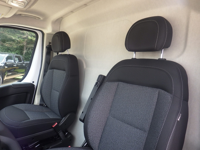 2017 ProMaster 2500 High Roof, Cargo Van #D17D219 - photo 13