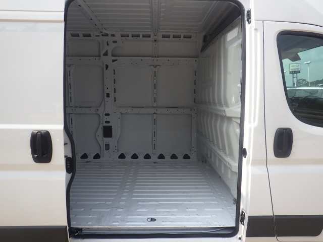 2017 ProMaster 2500 High Roof, Cargo Van #D17D219 - photo 31