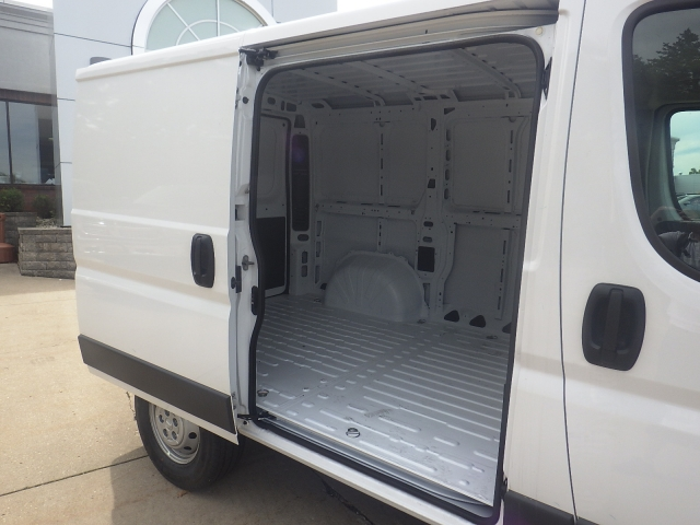 2017 ProMaster 1500 Low Roof, Cargo Van #D17D301 - photo 30
