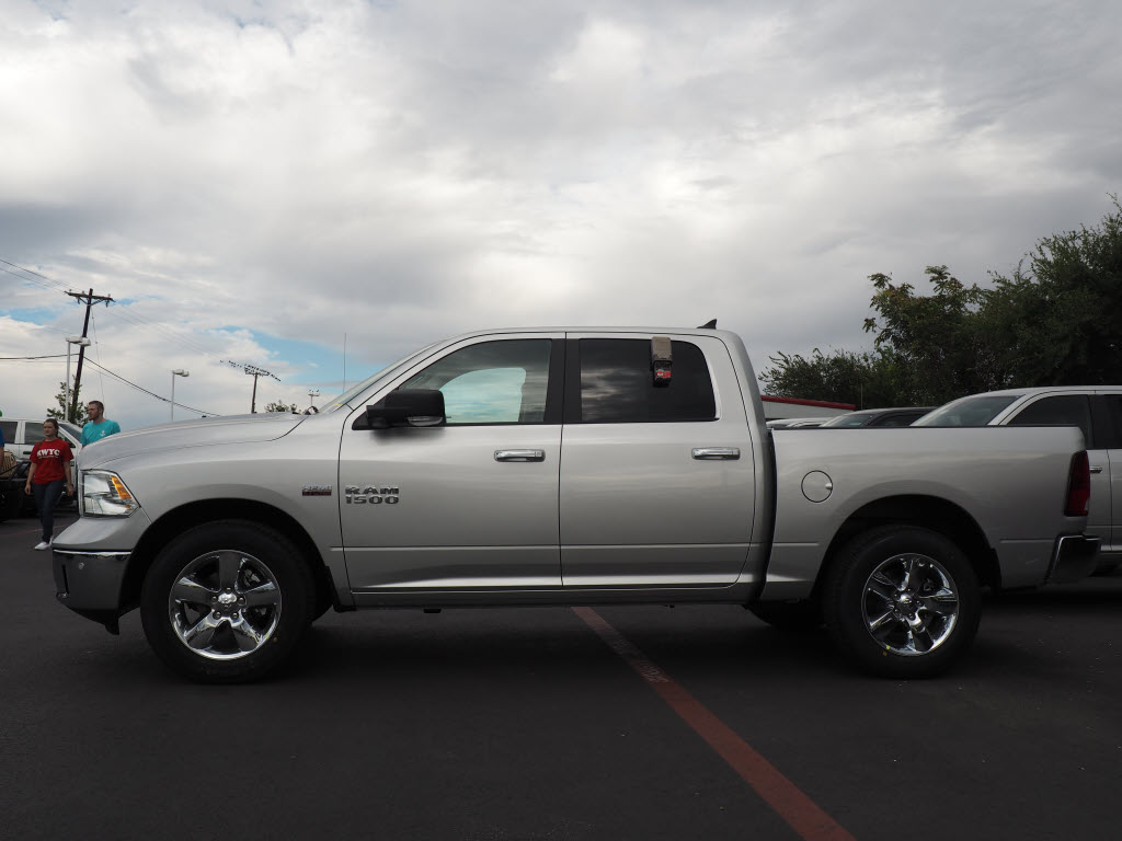 2017 Ram 1500 Crew Cab 4x4, Pickup #170183 - photo 3