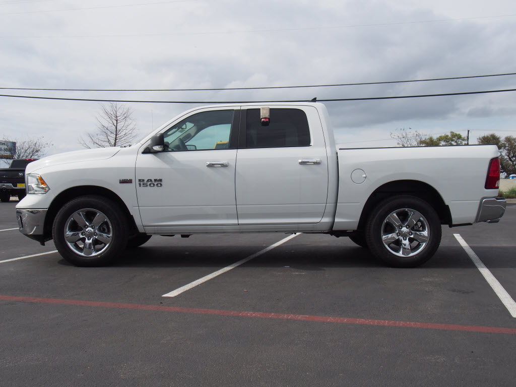 2017 Ram 1500 Crew Cab, Pickup #170189 - photo 3