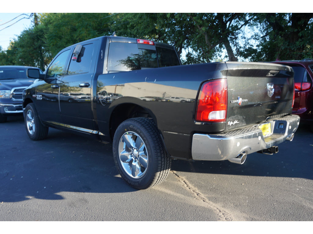 2017 Ram 1500 Crew Cab, Pickup #170244 - photo 2