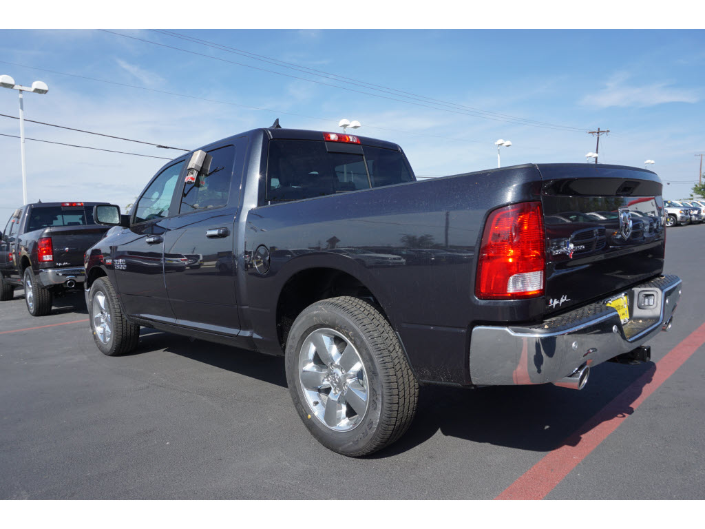 2017 Ram 1500 Crew Cab, Pickup #170245 - photo 2