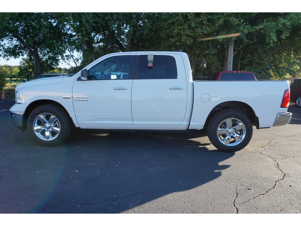 2017 Ram 1500 Crew Cab, Pickup #170249 - photo 3