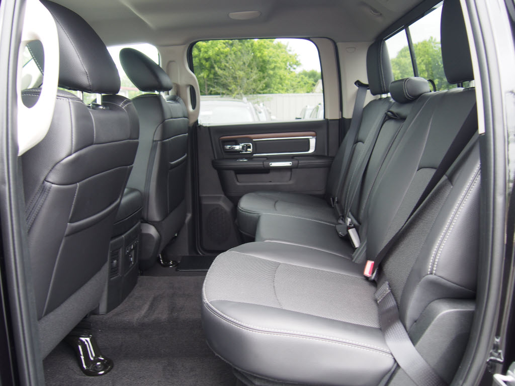 2017 Ram 1500 Crew Cab Pickup #171087 - photo 5