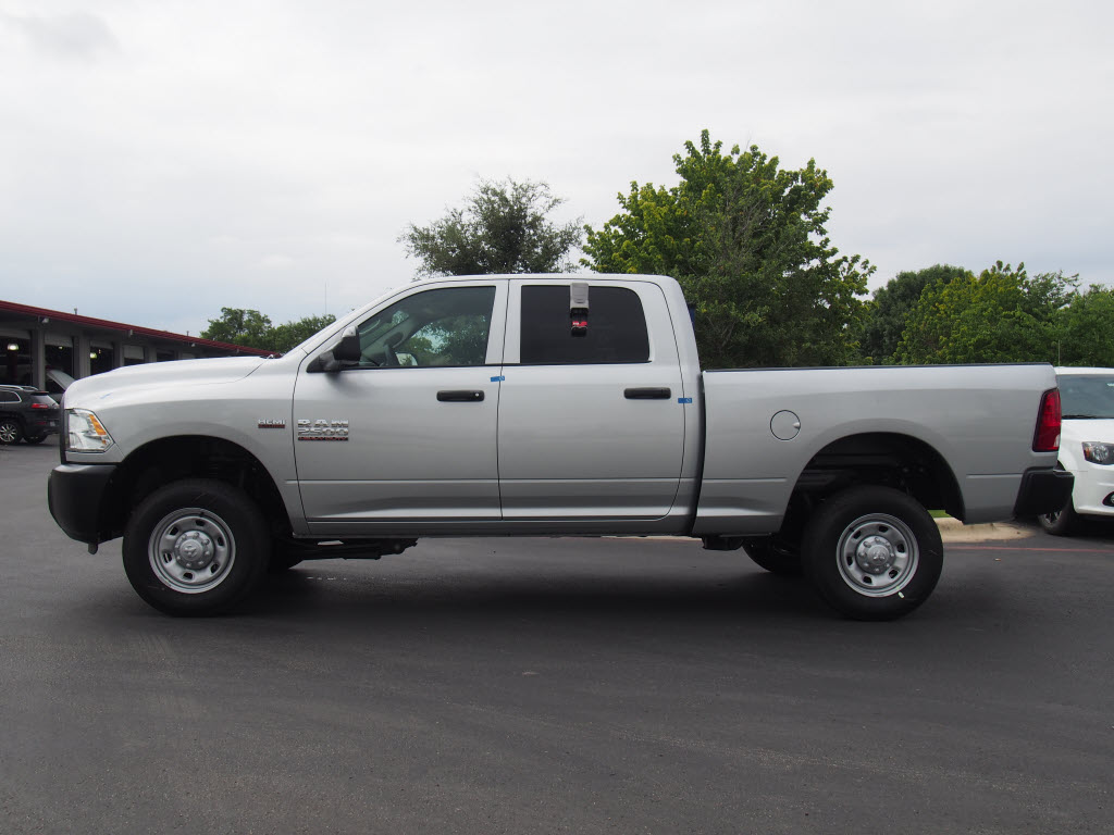 2017 Ram 2500 Crew Cab 4x4, Pickup #171315 - photo 3