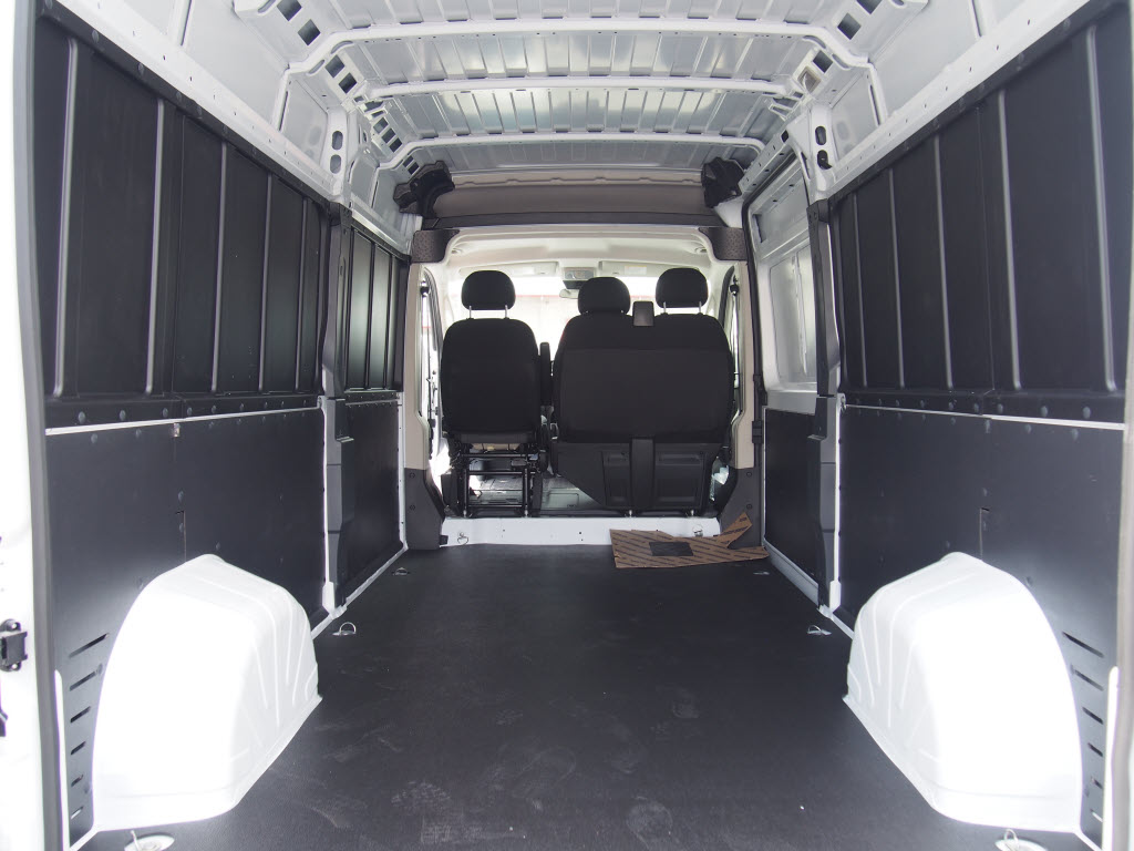 2017 ProMaster 2500 High Roof, Cargo Van #171371 - photo 2