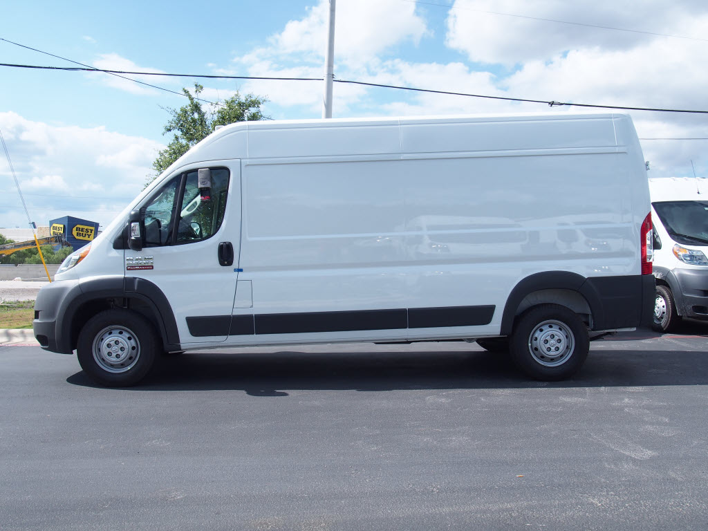 2017 ProMaster 2500 High Roof Cargo Van #171379 - photo 3