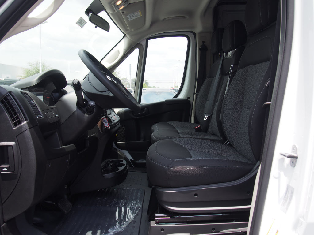 2017 ProMaster 2500 High Roof, Cargo Van #171382 - photo 7