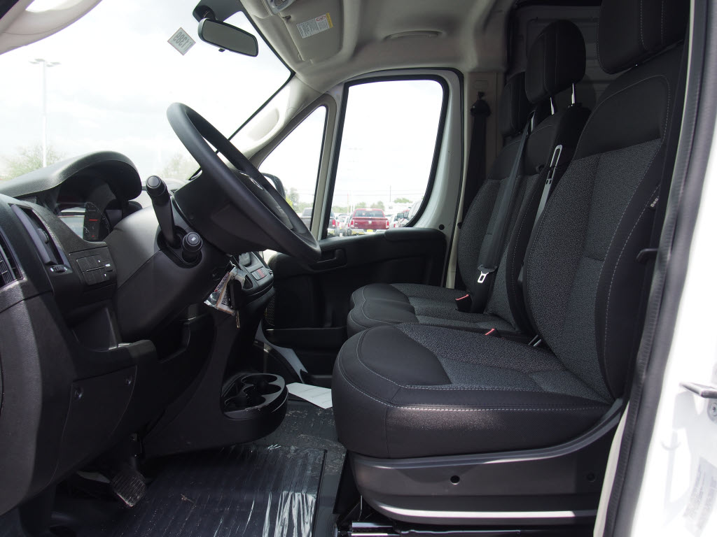 2017 ProMaster 2500 High Roof, Cargo Van #171389 - photo 6