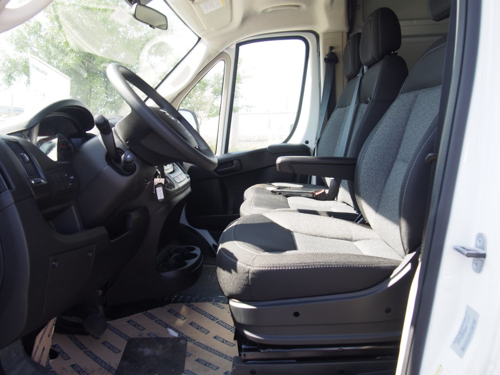 2017 ProMaster 2500 High Roof, Cargo Van #171415 - photo 7