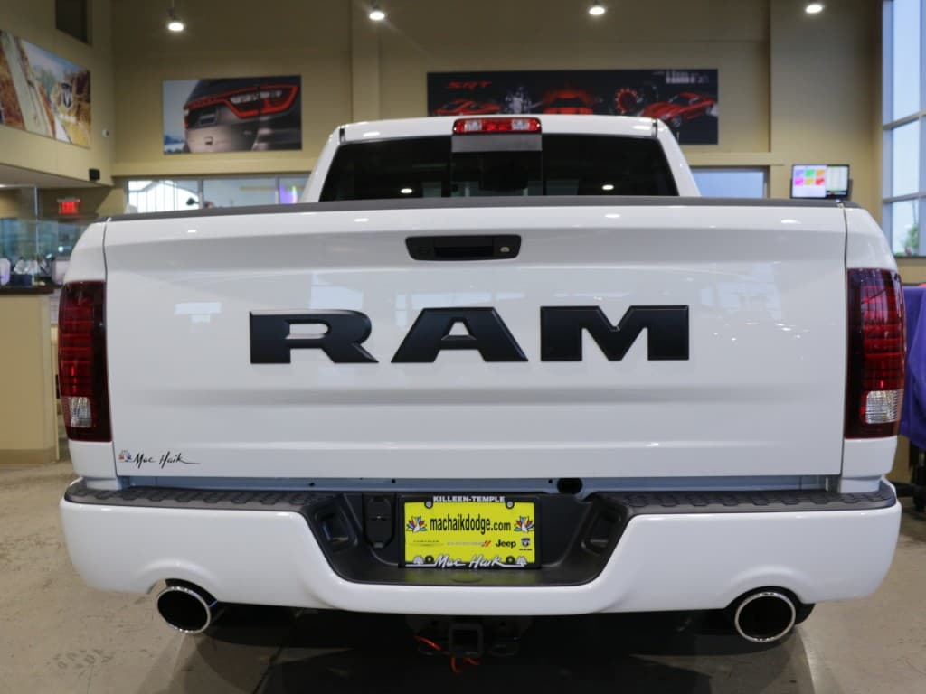 2017 Ram 1500 Regular Cab Pickup #171426 - photo 3