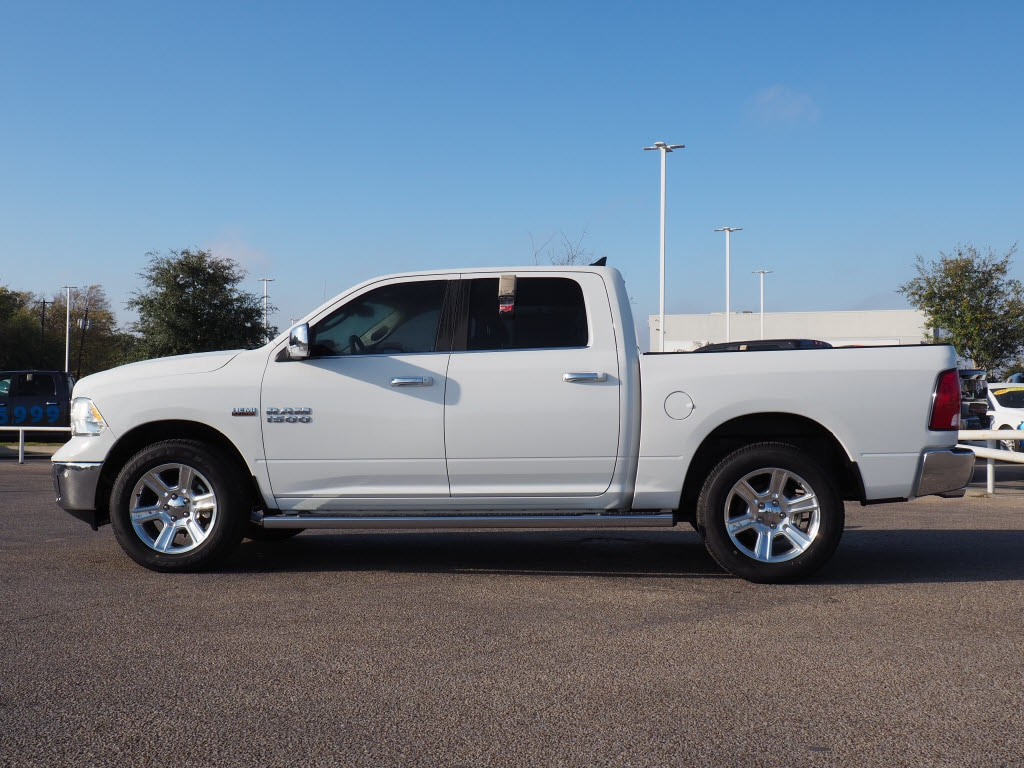 2017 Ram 1500 Crew Cab Pickup #171557 - photo 3