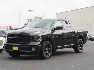 2018 Ram 1500 Crew Cab Pickup #180114 - photo 1