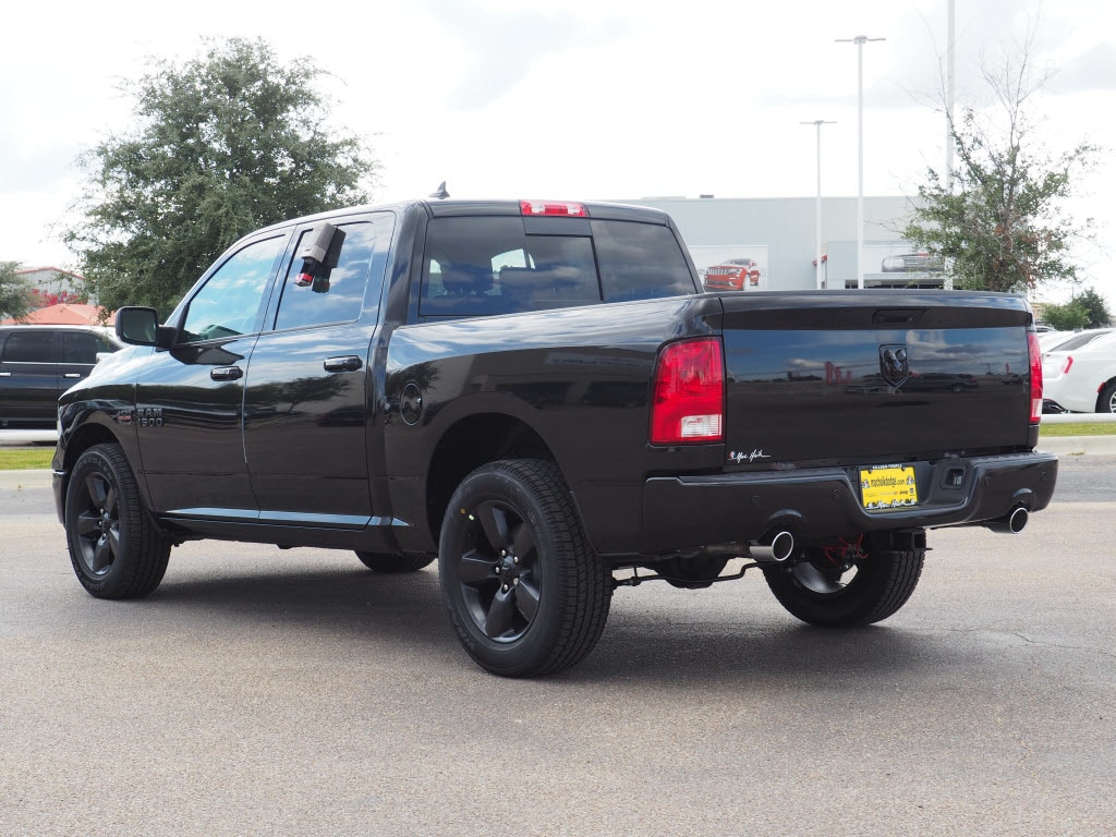 2018 Ram 1500 Crew Cab, Pickup #180115 - photo 4