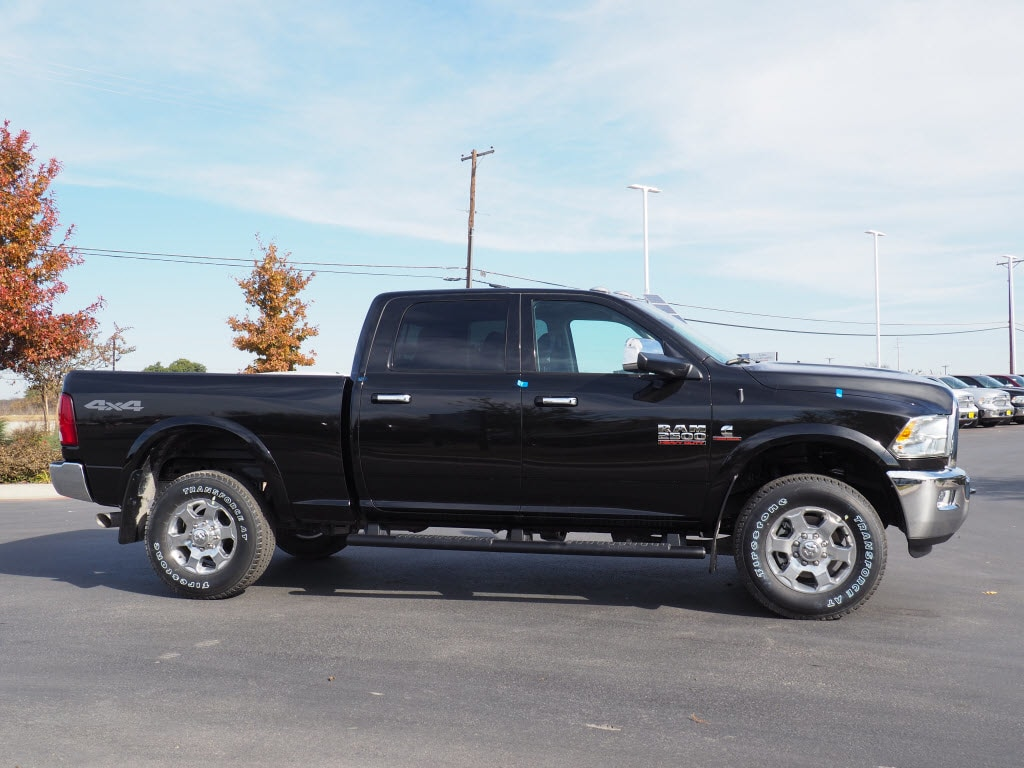 2018 Ram 2500 Crew Cab 4x4, Pickup #180146 - photo 3