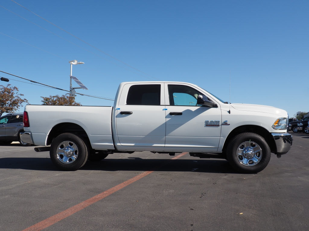 2018 Ram 2500 Crew Cab Pickup #180229 - photo 3