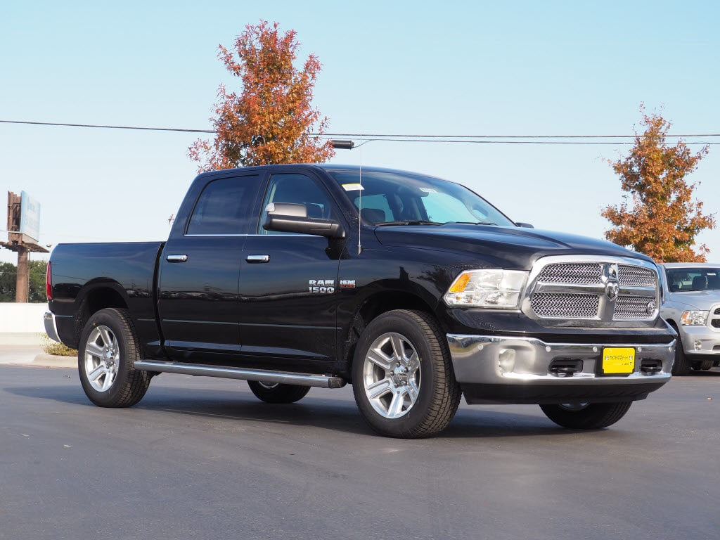 2018 Ram 1500 Crew Cab, Pickup #180319 - photo 1