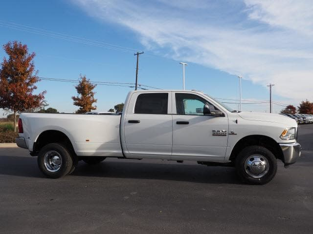 2018 Ram 3500 Crew Cab DRW 4x4, Pickup #180336 - photo 3