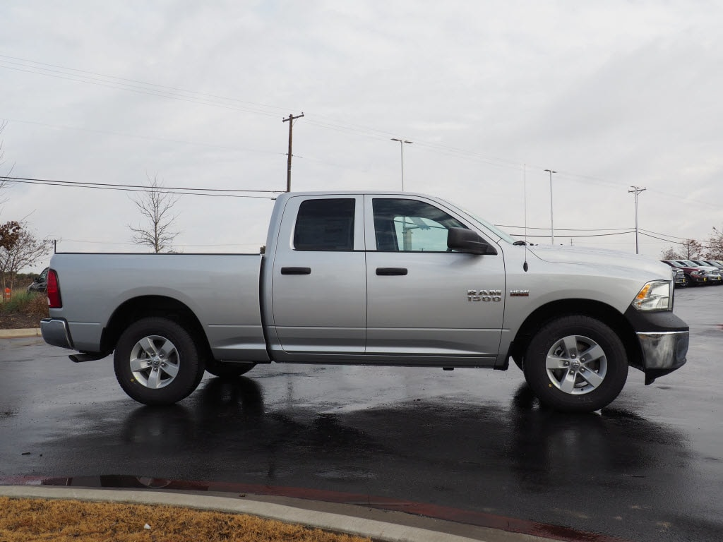 2018 Ram 1500 Quad Cab, Pickup #180416 - photo 3