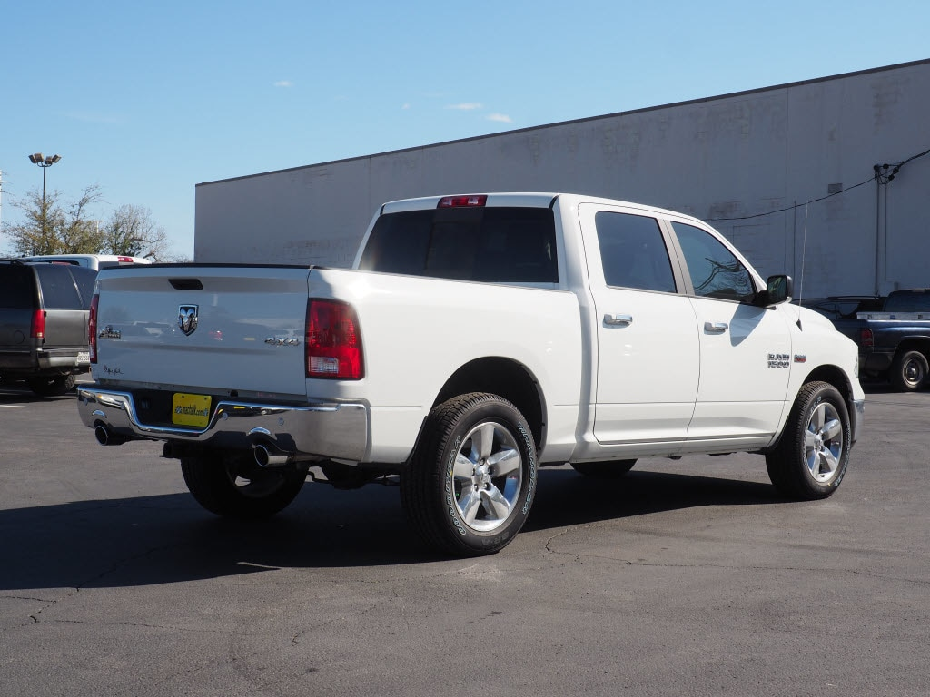 2018 Ram 1500 Crew Cab 4x4, Pickup #180647 - photo 2