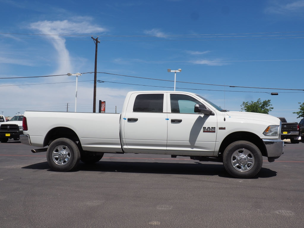 2018 Ram 2500 Crew Cab 4x4, Pickup #180732 - photo 3