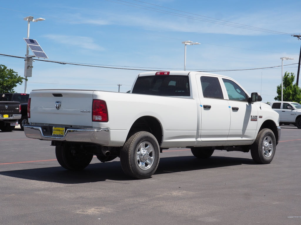 2018 Ram 2500 Crew Cab 4x4, Pickup #180732 - photo 2