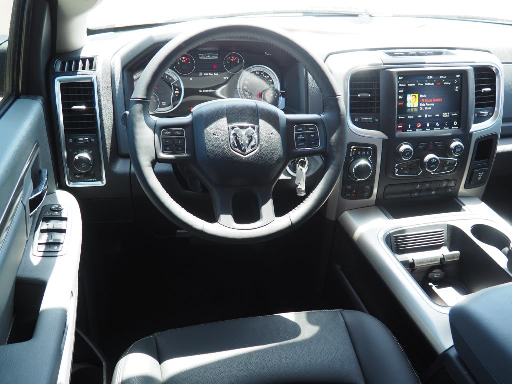 2018 Ram 1500 Crew Cab 4x4,  Pickup #180749 - photo 7