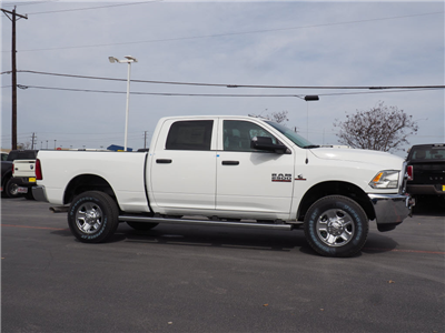 2018 Ram 2500 Crew Cab 4x4, Pickup #180755 - photo 3
