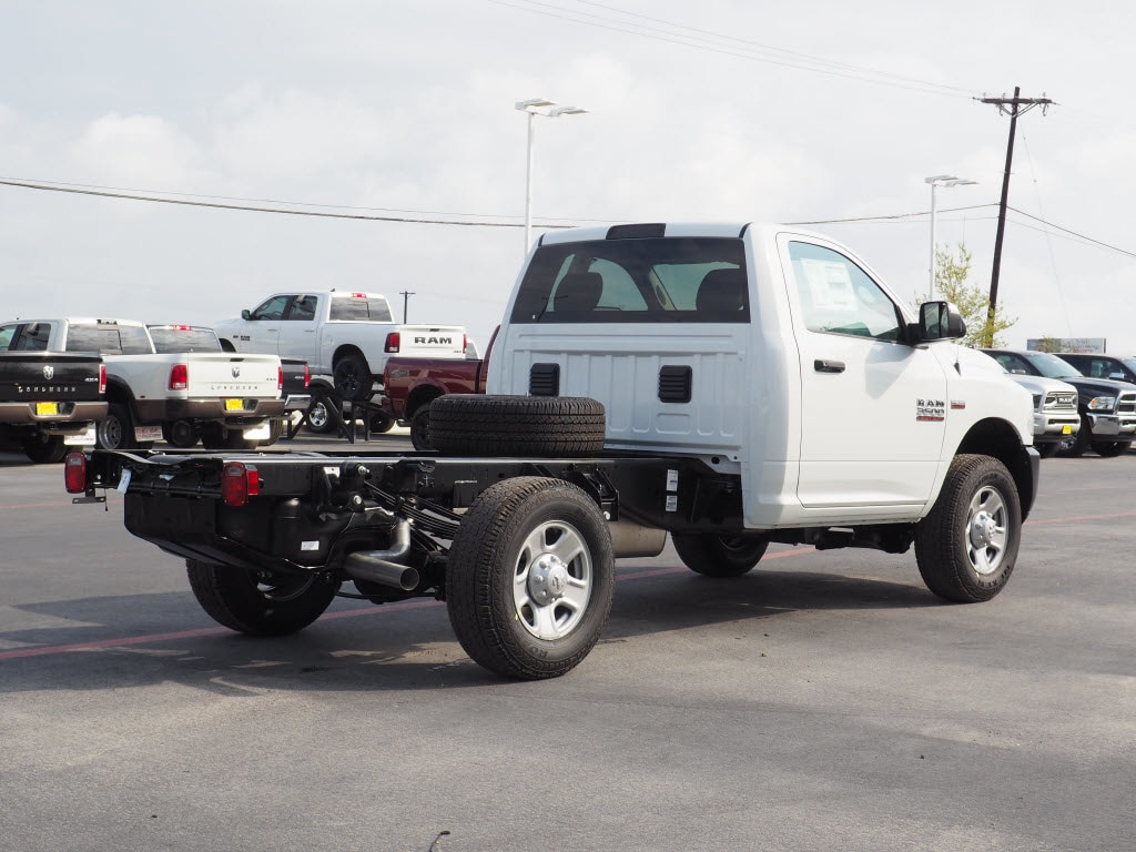 2018 Ram 3500 Regular Cab, Cab Chassis #180869 - photo 2