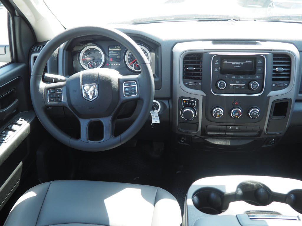 2018 Ram 1500 Quad Cab, Pickup #181000 - photo 5
