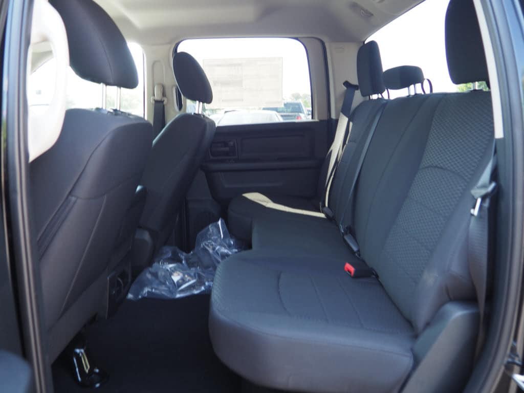 2018 Ram 1500 Crew Cab 4x2,  Pickup #181043 - photo 5