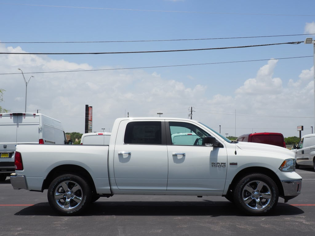 2018 Ram 1500 Crew Cab 4x2,  Pickup #181117 - photo 3