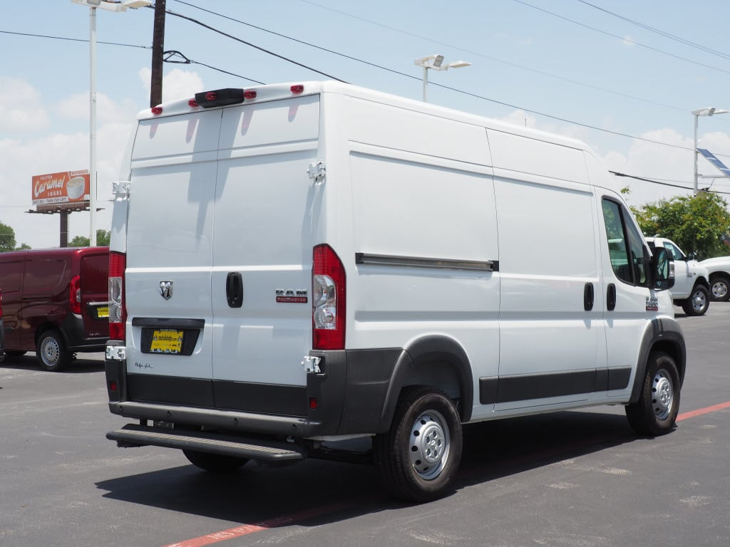 2018 ProMaster 1500 High Roof FWD,  Empty Cargo Van #181162 - photo 2