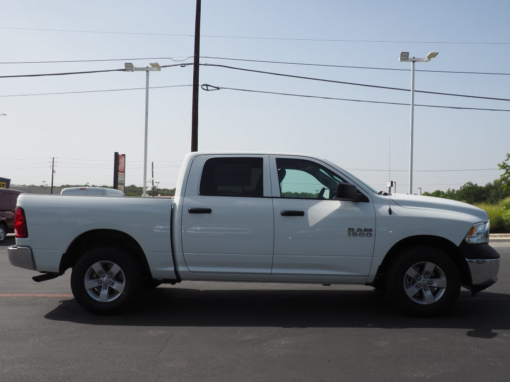 2018 Ram 1500 Crew Cab 4x2,  Pickup #181211 - photo 3