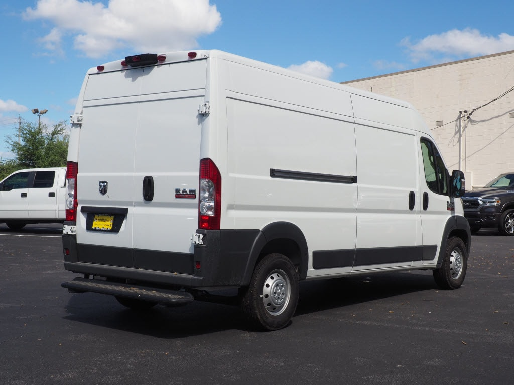 2018 ProMaster 2500 High Roof FWD,  Empty Cargo Van #181374 - photo 4