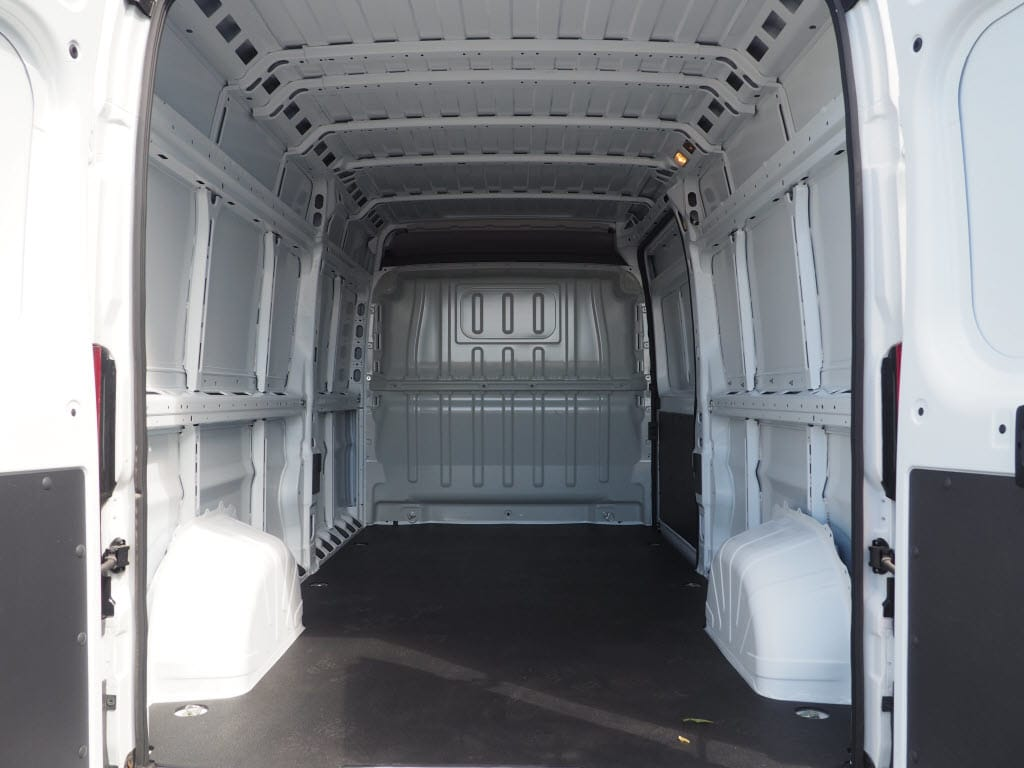 2018 ProMaster 2500 High Roof FWD,  Empty Cargo Van #181374 - photo 2