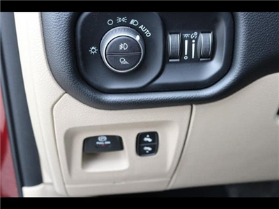 2019 Ram 1500 Crew Cab, Pickup #190011 - photo 16